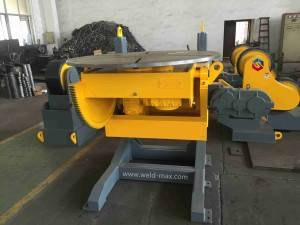 30T Yellow Elevating Welding Positoner With Vertaical Turning Table And 5 JAWS Chuck