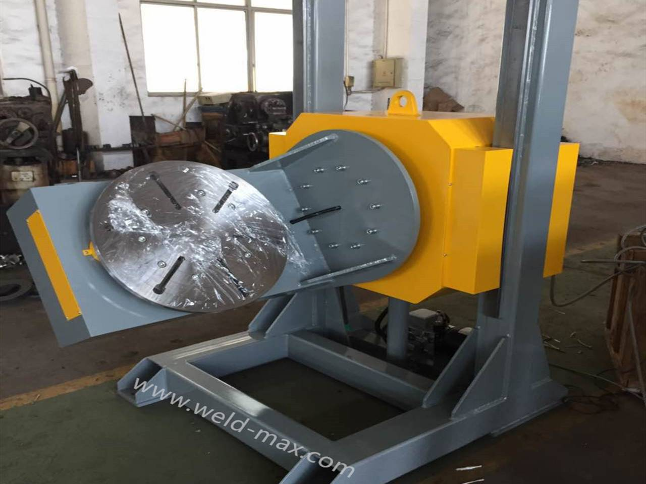 HBJ-05 Elevting L-type Welding Positioner With 0.09-0.9rpm Overturning And Vertical Turning Table Featured Image