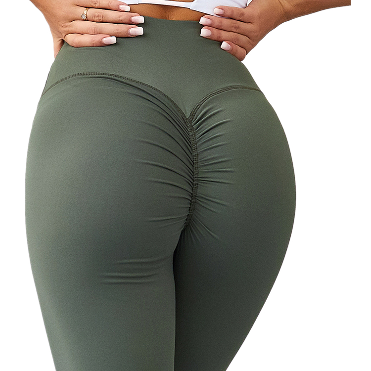 How to match yoga pants with tops?