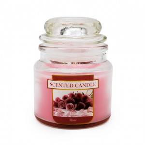 Yankee style soy wax scented feature candle
