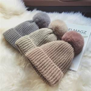 High quality knitted hat retail custom design winter beanie from china
