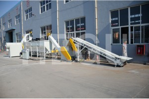 Plastic recycling machine  PET bottles recycling machine
