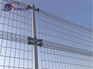 double loop wire mesh fence