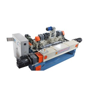 Automatic CNC wood veneer peeler machine