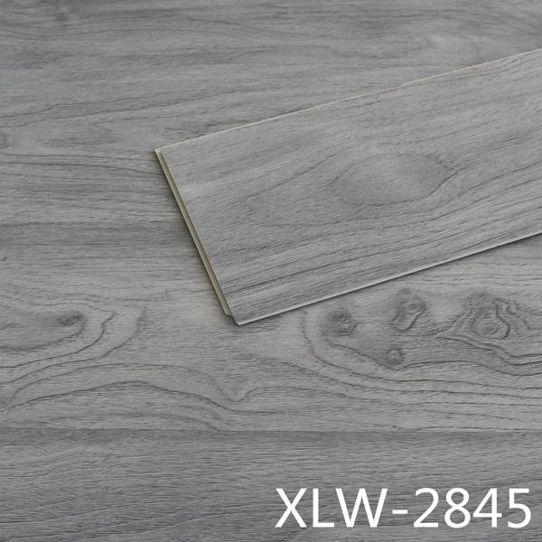 Easy to clean and wood texture SPC flooring