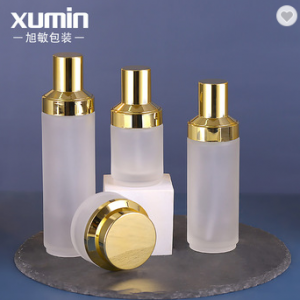 Excellent quality latest glass cosmetic bottle set, frosted glass cosmetic bottle and jar,cosmetics cream glass bottles and jars