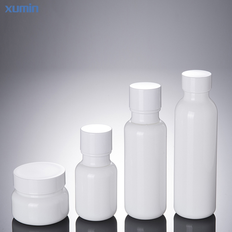 Wholesale Hot Selling 50g 50ml 110ml 150ml Serum Glass Bottle and Jars Skin Cream Jar Frosted Glass Empty Lotion Bottle