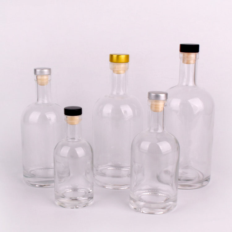 Wholesale 500ml 750ml1000ml luxury vodka glass bottle with cork stopper