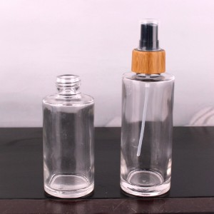 Hot sale 100ml 120ml cosmetic perfume glass spray bottle with bamboo spray mist