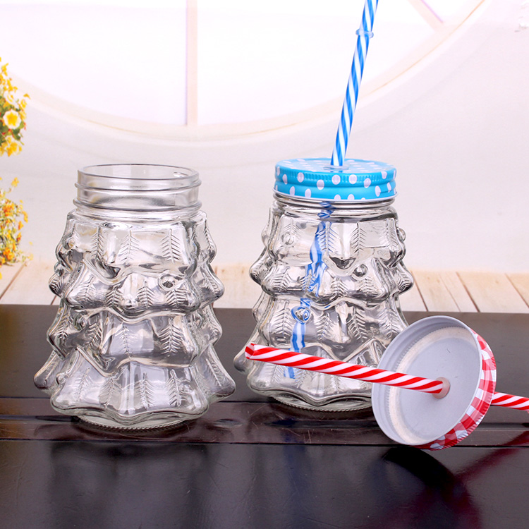 900ml Christmas Tree Shape Glass Mason Jar drinking Mug with Metal Lid with Hole and Straw Featured Image