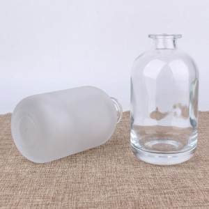 high quality round 250ml 500ml wine/liquor glass bottle with synthetic cork stopper