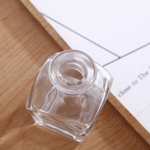 Empty glass reed diffuser bottle 50ml wholesale glass perfume diffuser bottle