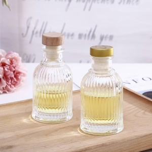 wholesale no fire room aroma bottle glass 100ml fragrance diffuser glass bottle with aluminum cap and rattan sticks