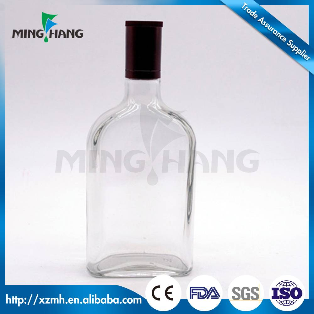 Small flat glass bottle for wine glass liquor bottle
