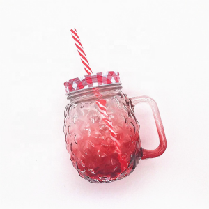 wholesale 480ml ball shaped pineapple embossing drink glass mason jar with handle