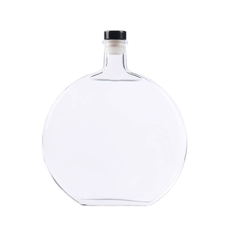 Flint 500ml glass wine bottle with cork