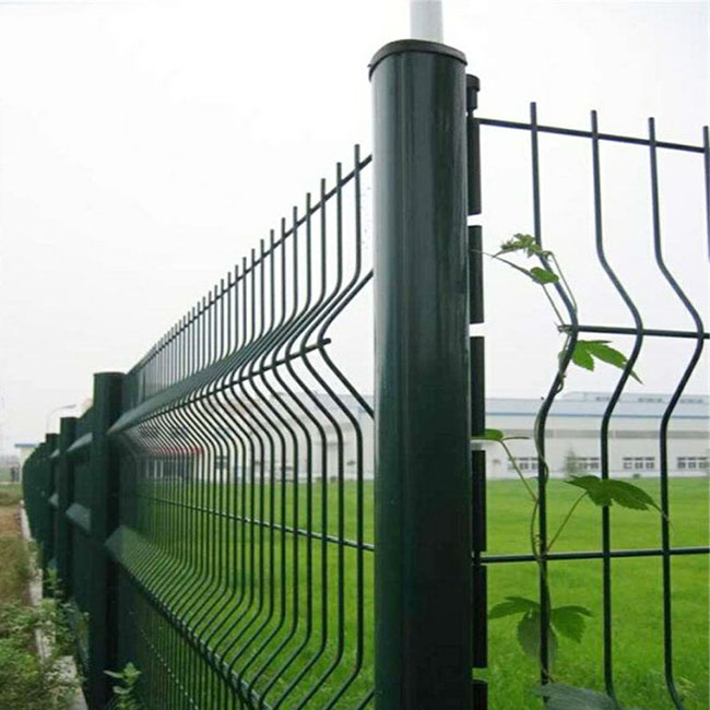 Triangle Bending Fence Featured Image