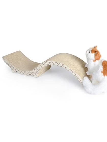 S shaped cat scratcher
