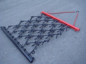 Chain drag harow