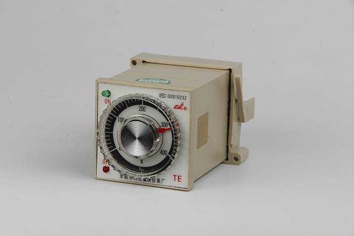Wholesale Dealers of Rkc Digital Pid Temperature Controller,Thermostat Ch402 Featured Image