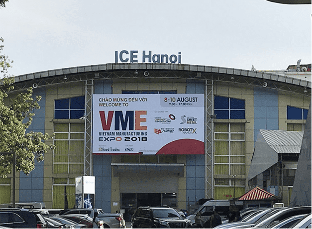 Zhouxiang is attending VEM exhibition
